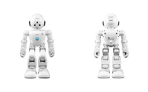 Lynx Robot - Bloomingdale's_2