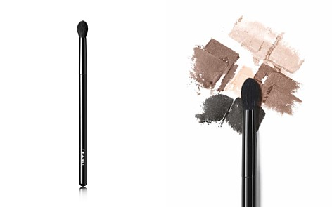 CHANEL LES PINCEAUX DE CHANEL Rounded Eyeshadow Brush - Bloomingdale's_2