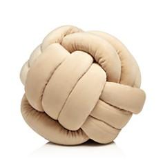 Sparrow & Wren - Knot Pillow - 100% Exclusive