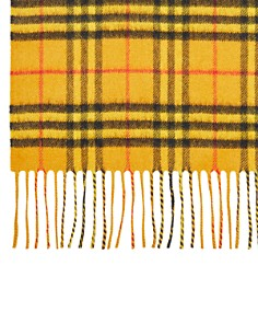 Burberry - Classic Vintage Check Cashmere Scarf