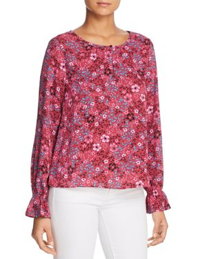 FINN & GRACE Floral Keyhole Blouse in Purple Print