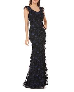 Carmen Marc Valvo -  Floral Appliqué Cap Sleeve Gown