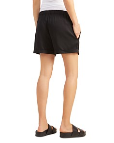 Ingrid & Isabel - Maternity Easy Cuffed Shorts