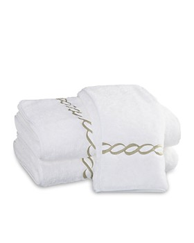 "Matouk - ""Classic Chain"" Washcloth"