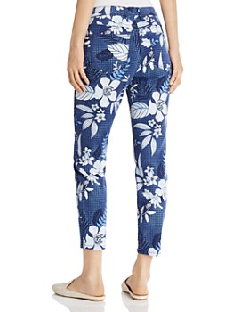 Tommy Bahama - Basta Blossoms Cropped Printed Skinny Jeans in Island Navy