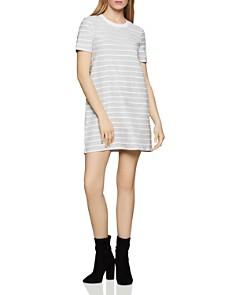 BCBGENERATION - Scalloped-Trim T-Shirt Dress