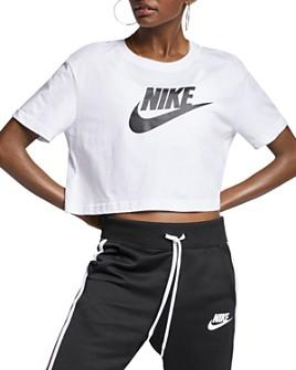 Nike - Essential Cropped Logo Tee