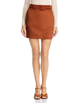Vero Moda - Chili Faux Suede Belted Mini Skirt