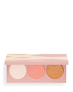 What It Is: A limited-edition cheek palette of blush, bronzer and illuminator. What It\\\'S For: All skin types What It Does: Inspired by the elegance and ethereal beauty of the ballerina, this trio of blush, bronzer and illuminating highlighter lends a natural glow to the face and cheeks, with buildable formulas that glide onto the skin with a beautiful flush of color and shine. Finish: Natural, Luminous, Radiant Coverage Level: Sheer Shades: Matinee, Curtain Call, Audition 0.21 oz. each