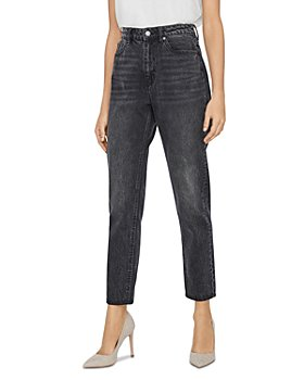 Vero Moda - Joana High Rise Mom Ankle Jeans in Black
