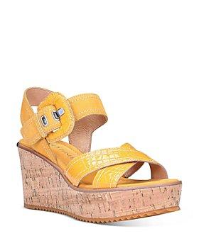 Donald Pliner - Women's Judee Croc-Embossed Platform Sandals