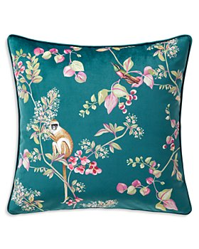 """Yves Delorme - Un Jour Une Historie Decorative Pillow, 18"""" x 18"""""""