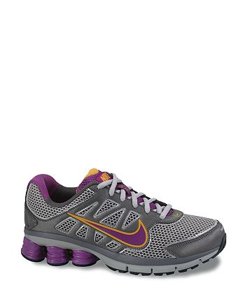 half off a4427 4734a Nike - Women s Shox Qualify +2 Sneakers