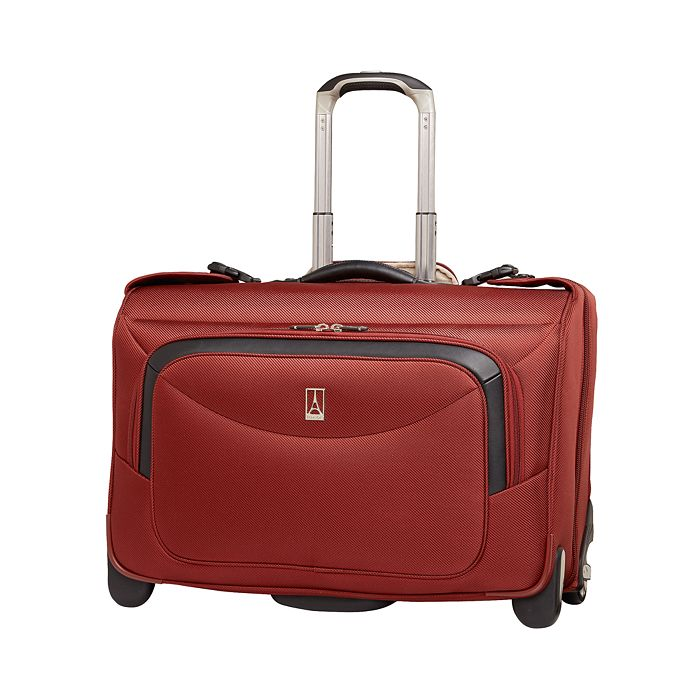 "TravelPro - Platinum Magna 22"" Expandable Rollaboard® Suiter"