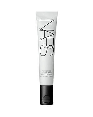 What It Is: A mattifying primer that prepares skin for makeup application by controlling shine while prolonging and enhancing the look of makeup. What It Does: - Mattifying: Blurs imperfections on contact and mattifies skin throughout the day with soft-focus powders. - Refining: African Whitewood, Oleanolic and peptides absorb excess shine and minimize the look of pores. Skin appears smoother and more balanced. - Creates a matte canvas for makeup application: Gel-cream texture controls shine on