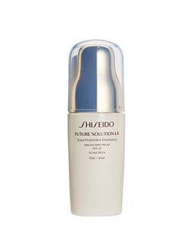 Shiseido - Future Solution LX Total Protective Emulsion SPF 20 Sunscreen
