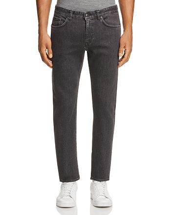 BOSS - Straight Fit Jeans in Charcoal