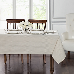Elegant European table linens in an array of colors for every decor ...