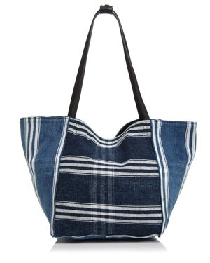 Elizabeth and James Fortune Tote 2887638