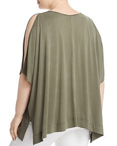 Love Scarlett Plus - Slit Dolman-Sleeve Top