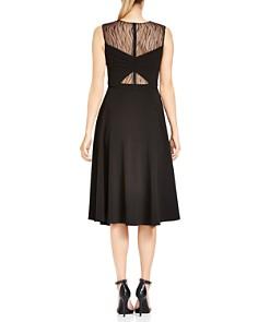 HALSTON HERITAGE - Lace-Inset Twist Detail Midi Dress