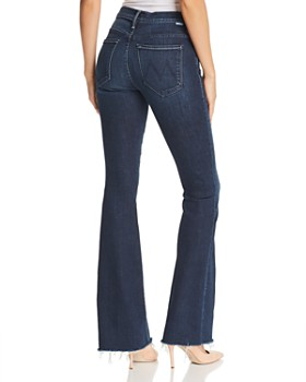 MOTHER - The Weekender Fray Flared Jeans in Disco Doll