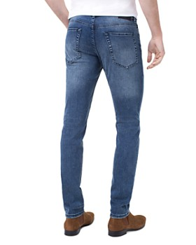 Liverpool - Kingston Slim Straight Fit Jeans in Southaven