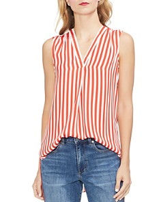 VINCE CAMUTO - Simple Striped V-Neck Top