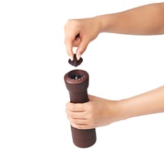 OXO - Classic Wood Salt & Pepper Mill Set