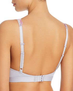 Wacoal - Embrace Lace Plunge Soft Cup Wireless Bra