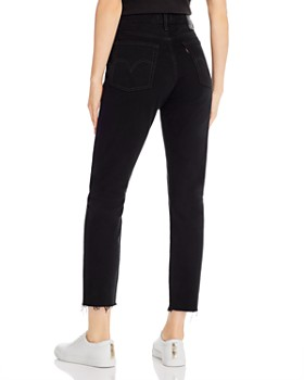 Levi's - Wedgie Icon Cropped Jeans in Black Desert