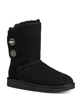 UGG® - Women's Short Turnlock Boots