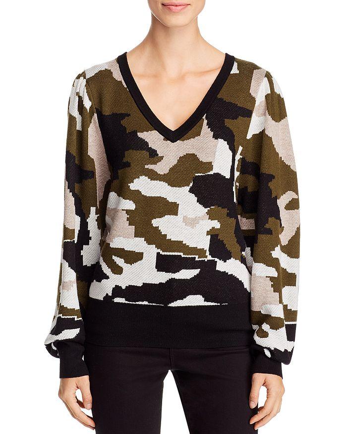 Avec V-neck Camo Sweater In Cammo