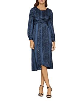 BCBGMAXAZRIA - BCBGMAXAZRIA Snakeskin-Print Blouson Midi Dress
