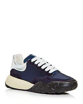 Alexander McQUEEN - Men's Court Trainer Metallic Heel Detail Low Top Sneakers