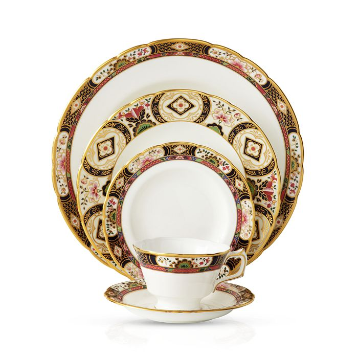 "Royal Crown Derby - ""Chelsea Garden"""