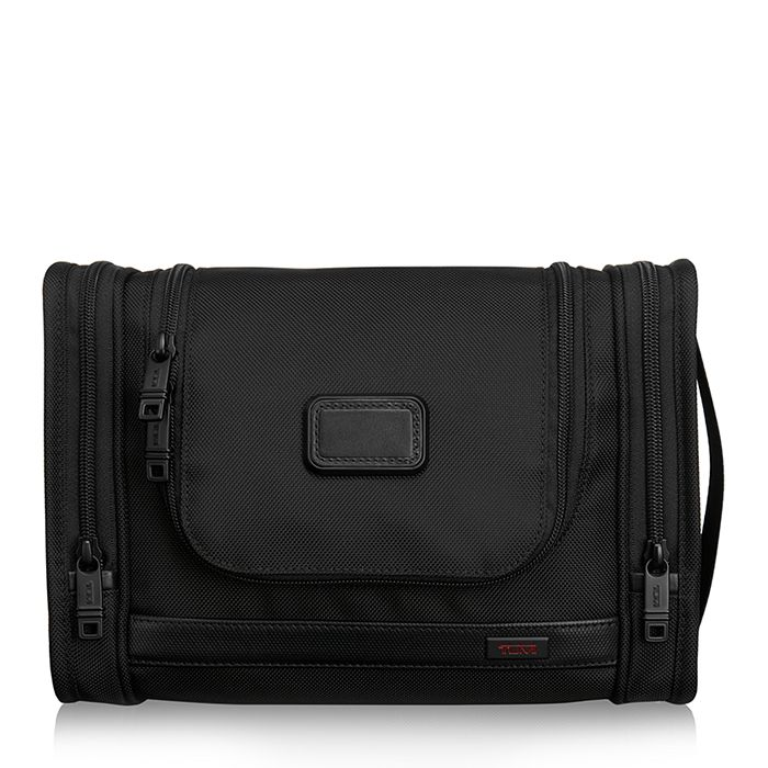 Tumi - Alpha Hanging Travel Kit