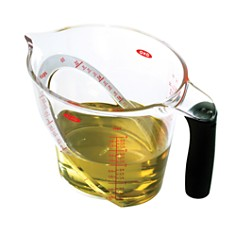 OXO - Angled Measuring Cups