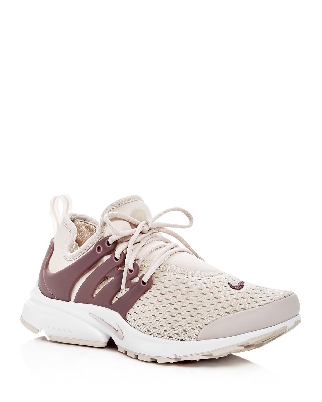 Nike Women's Air Presto Lace Up Sneakers ww4N5M