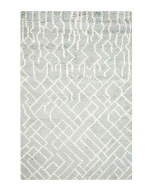 Safavieh Casablanca Collection Area Rug, 4' x 6'