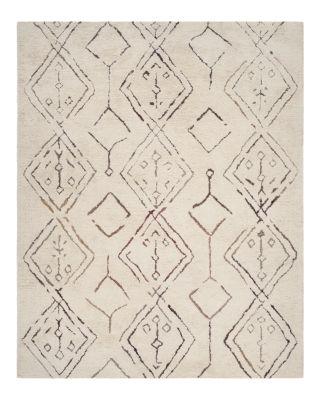 Casablanca Collection Area Rug, 5' x 8'