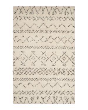 Safavieh Casablanca Collection Area Rug, 6' x 9'