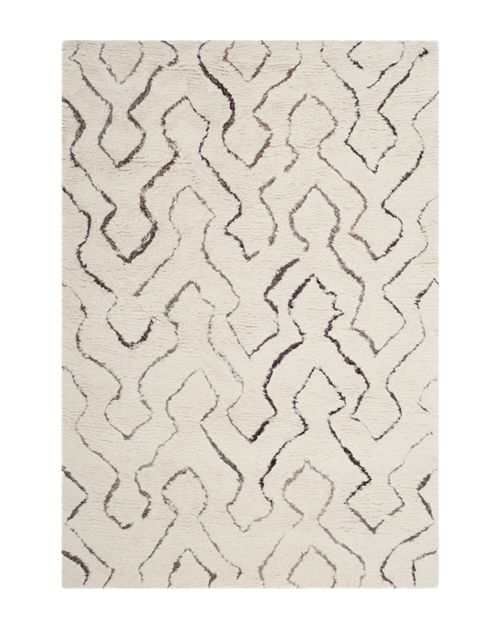 SAFAVIEH - Casablanca Collection Area Rug, 4' x 6'