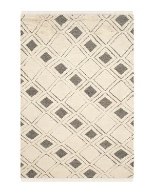 Safavieh Kenya Collection Area Rug, 6' x 9'