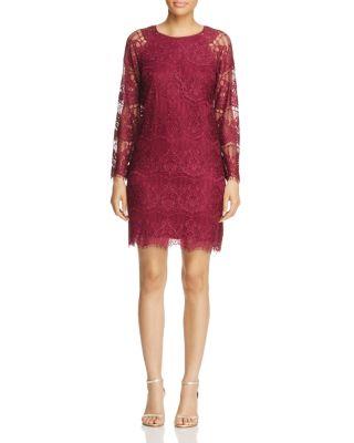 Scalloped Lace Trapeze Dress