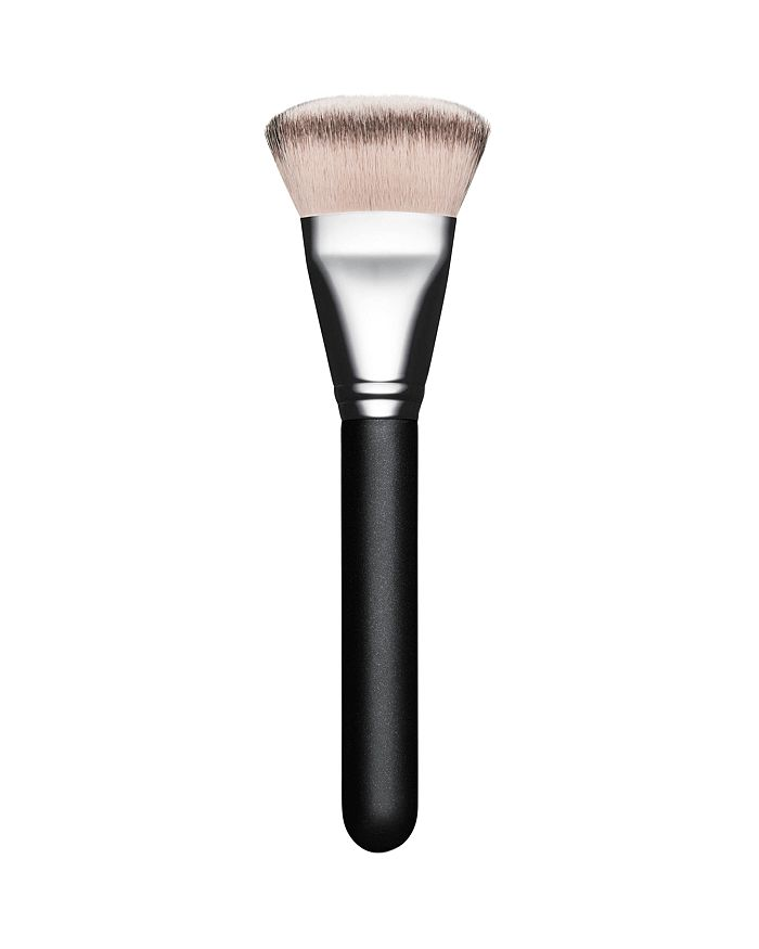 M·A·C - 125S Split Fiber Dense Face Brush