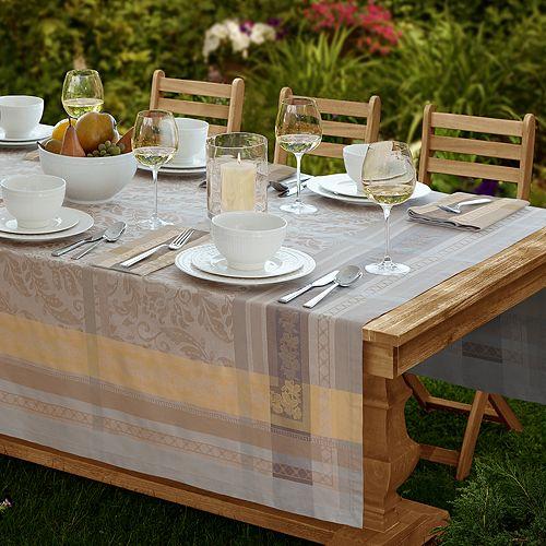 Villeroy & Boch - Promenade Table Linen Collection