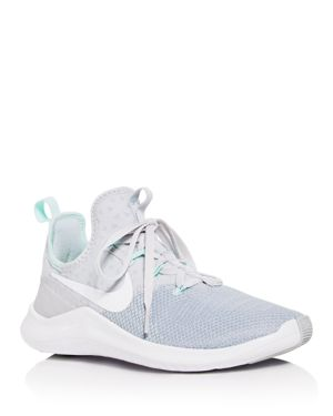 WOMEN'S FREE TR 8 LACE UP SNEAKERS