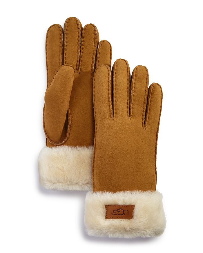 UGG® - Shearling Gloves