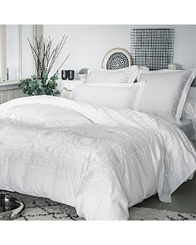 Anne de Solene - Majeste Bedding Collection